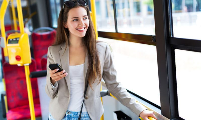 Εύκολη μετακίνηση με τα ΜΜΜ με τη βοήθεια της τεχνολογίας