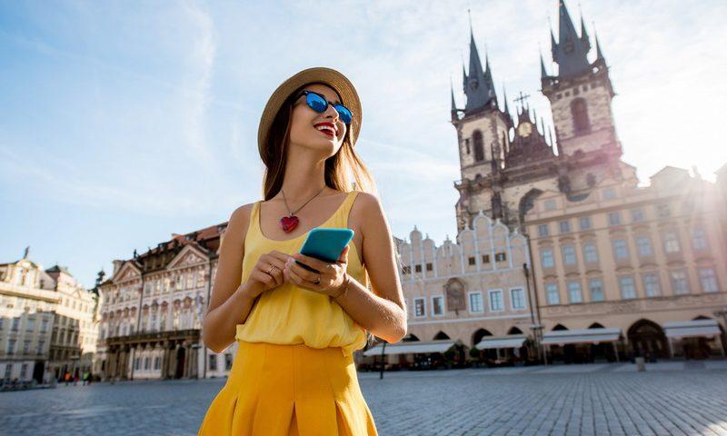 Ταξιδεύεις; Πώς θα έχεις Internet στο κινητό